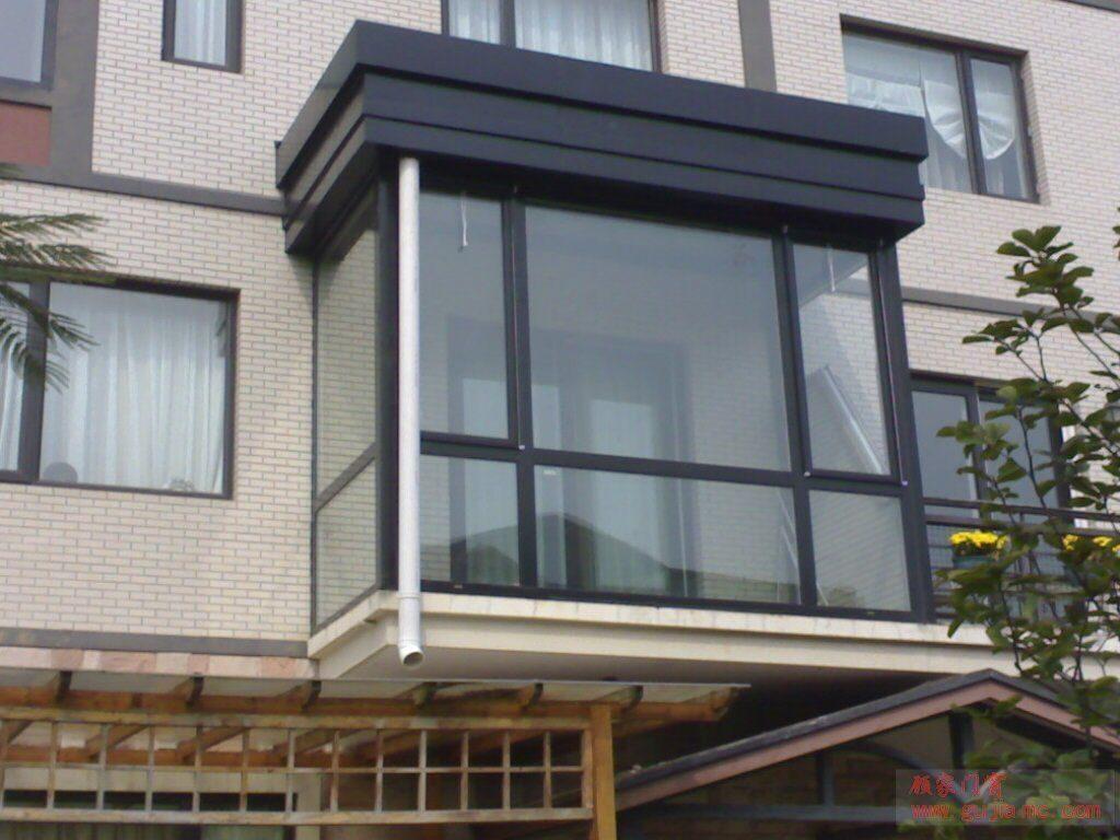 Остекление балконов недорого в лобне.